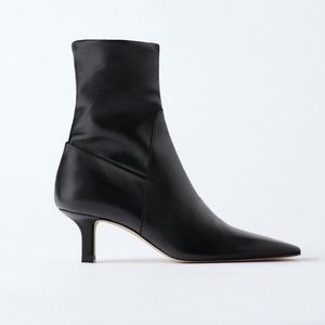 NWT ZARA LEATHER KITTEN HEEL BOOTS